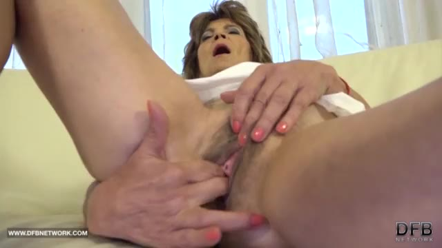 Old pussy fucked in anal sex