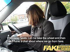 مزيف القيادة لتعليم قيادة السيارات الشباب الأبنوس المتعلم يتمتع creampie ل