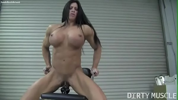 Female bodybuilder Angela Salvagno fucks on vibrator