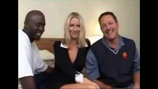 Interracial Gangbang con Emma Starr