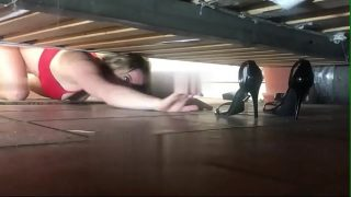 Stepmother stuck under the bed gets creampie from stepson