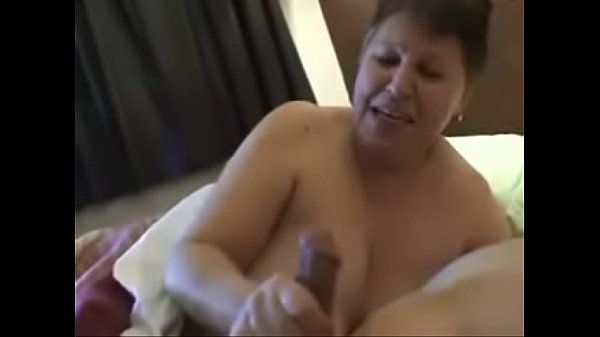 Brasileiras insaciaveis seduzem casado - 1 part 3