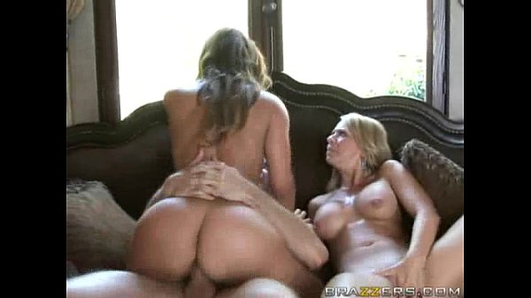 Threesome with Hot Cougars!